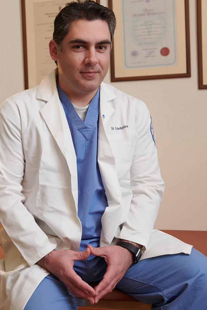 Βασίλειος Σακελλαρίου - Ορθοπαιδικός Χειρουργός - Βιογραφικό
